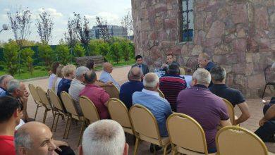 Photo of Заре Синанян встретился с представителями местной армянской общины в Химках