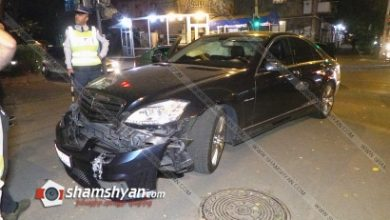 Photo of Ավտովթար Երևանում. բախվել են Mercedes S550 -ն ու Volkswagen-ը. Mercedes-ը հայտնվել է հետիոտնի համար նախատեսված մայթին