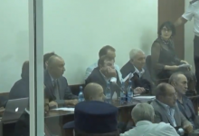 Photo of Ռ. Քոչարյանը, Յ. Խաչատուրովը, Ս. Օհանյանը եւ Ա. Գեւորգյանը դատարանում են