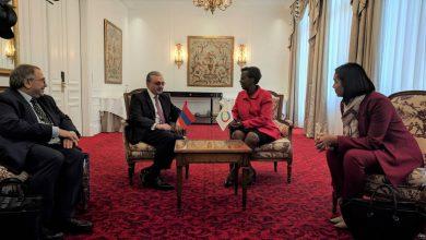 Photo of Զոհրաբ Մնացականյանը հանդիպում է ունեցել Ֆրանկոֆոնիայի գլխավոր քարտուղար Լուիզ Մուշիկիվաբոյի հետ