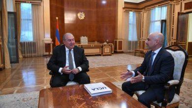 Photo of Президент Армен Саркисян принял доктора Эрика Эсраиляна