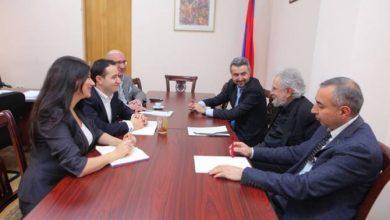 Photo of Ազգային ժողովում քննարկել են «Քայլող մարդու» արձանը Երևանում տեղադրելու հարցը