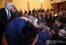 Photo of Премьер-министр присутствовал на панихиде по погибшему при исполнении служебных обязанностей сотруднику полиции Тиграну Аракеляну