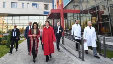 Photo of Ինչու է վարչապետի տիկինը ղազախական ազգային վերարկու կրել