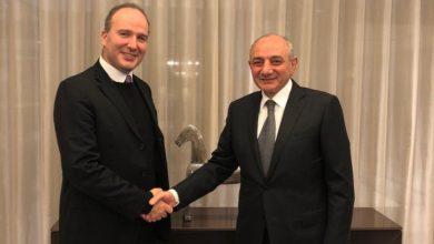 Photo of Президент Республики Арцах Бако Саакян в Брюсселе встретился с директором Европейского офиса АОБС Никола Тавитяном