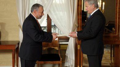 Photo of Դեսպան Արզումանյանն իր հավատարմագրերը հանձնեց Ֆինլանդիայի նախագահին
