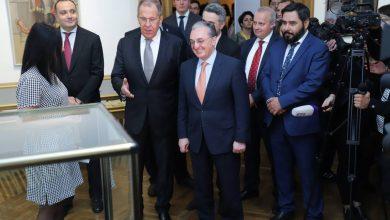 Photo of Главы МИД Армении и России принимают участие в открытии выставки, посвященной 75-летию Великой Отечественной войны