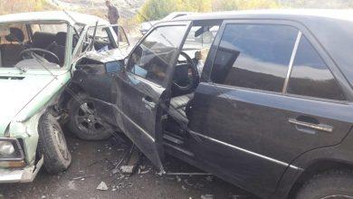 Photo of Ավտովթար Կոտայքի մարզում. 51–ամյա վարորդը Mercedes-ով բախվել է 45–ամյա վարորդի 06-ին. 2 վիրավորներից մեկը 12-ամյա տղա է