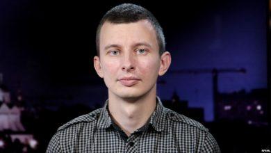 Photo of Неизвестные напали в Москве на расследователя Руслана Левиева из CIT