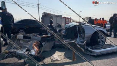 Photo of Ողբերգական ավտովթար Երևանում. BMW-ն հայտնվել է բեռնատարի տակ. ЗИЛ-ը կողաշրջվել է, BMW-ն բաժանվել է մի քանի մասի. կա 1 զոհ, 1 վիրավոր