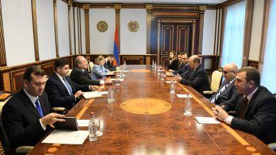 Photo of Նախագահ Արմեն Սարգսյանն ընդունել է «Ազգային օրակարգ» կուսակցության խորհրդի անդամներին