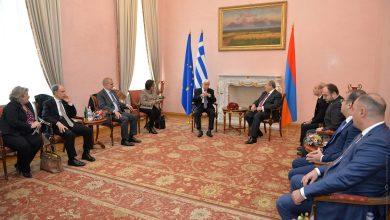 Photo of «Ունեցել ենք և՛ մեծ հաղթանակներ, և՛ մեծ դժբախտություններ՝ շատ հաճախ միասին». Արմեն Սարգսյանը հյուրընկալել է Հունաստանի նախագահին