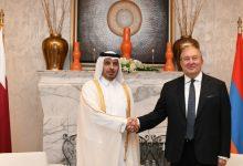 Photo of Հայաստանի և Կատարի միջև փոխգործակցության մեծ հնարավորություններ կան․ նախագահ Արմեն Սարգսյանը Դոհայում հանդիպել է Կատարի Պետության վարչապետի հետ