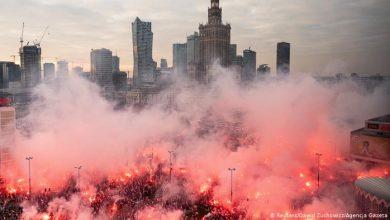 Photo of По Варшаве в День независимости прошли маршем десятки тысяч националистов