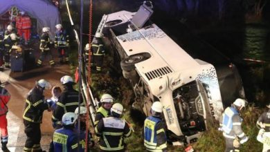 Photo of Автобус с туристами перевернулся в Германии, сообщают СМИ