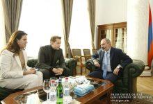 Photo of Վարչապետը Նիկոլա Ազնավուրի հետ քննարկել է Երևանում «Ազնավուր» կենտրոնի ստեղծման ընթացքը