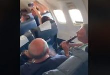 Photo of Армяне раскачали самолет: «Ардёк овкер эн» спели на высоте Видео