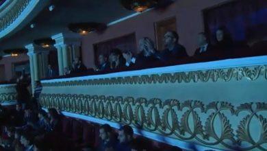 Photo of Վարչապետը տիկնոջ հետ ներկա է գտնվել Հայաստանի պետական սիմֆոնիկ նվագախմբի Ամանորյա համերգին