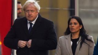 Photo of Теракт на Лондонском мосту: как опасный преступник оказался на свободе?