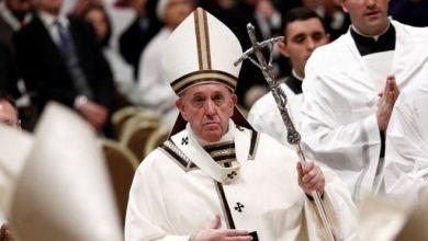 Photo of «Бог любит всех, даже худших из людей». Папа римский провел рождественскую мессу в Ватикане