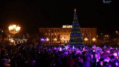 Photo of Ստեփանակերտի գլխավոր տոնածառի լույսերը կվառվեն դեկտեմբերի 20-ին