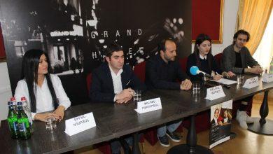 Photo of «Я здесь впервые, но уже чувствую связь с Арменией»: всемирно известный гитарист Петрит Чеку выступит в Ереване
