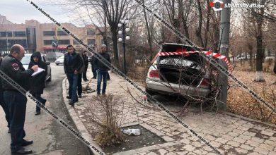 Photo of Գյումրիում 23-ամյա վարորդը Mercedes-ով Բագրատունյաց օղակում դուրս է եկել երթևեկելի գոտուց, բախվել ծառին. կա վիրավոր
