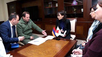Photo of Министр обороны РА и члены делегации Международного комитета Красного Креста обсудили судьбы граждан Армении, оказавшихся в плену в Азербайджане