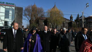 Photo of Նախագահ Արմեն Սարգսյանը Գյումրիում հարգանքի տուրք է մատուցել 1988թ. երկրաշարժի զոհերի հիշատակին