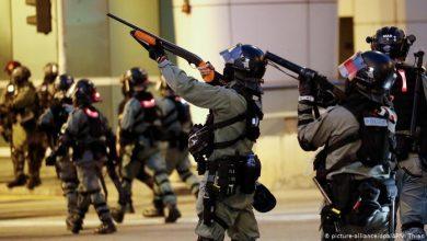 Photo of В Гонконге произошли новые столкновения между полицией и протестующими