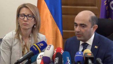 Photo of Почему «Просвещенная Армения» намерена отозвать Давида Хажакяна