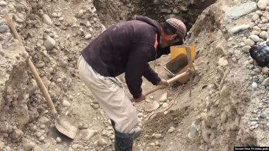 Photo of Таджикистан разрешил частным лицам добывать золото, серебро и драгоценные камни