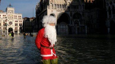 Photo of В Венеции в преддверии Рождества вновь затопило улицы