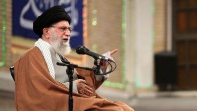 Photo of «Мы готовы нанести удар»: Хаменеи ответил Трампу после атаки на посольство США