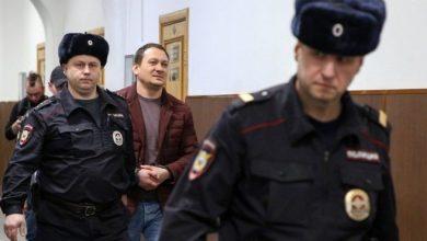 Photo of «Держись, бро!» Суд арестовал четырех бывших полицейских по делу Голунова