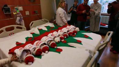 Photo of Больница, которая вот уже 50 лет на Рождество отправляет новорожденных домой в носках