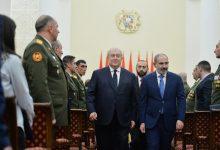 Photo of Армения создала армию-победительницу — президент наградил военнослужащих ко Дню армии