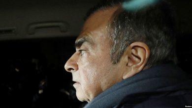 Photo of WSJ: экс-глава Nissan бежал из Японии в чехле для музыкальных инструментов