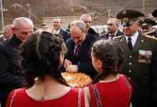 Photo of Премьер-министр Никол Пашинян в Шаумянском районе Арцаха присутствовал на церемонии новоселья офицеров