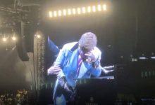 Photo of Элтон Джон потерял голос и расплакался