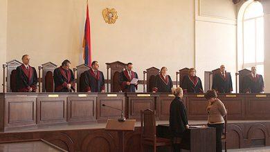 Photo of «Конституционный суд никогда не был независимым, он зависим и сегодня», — правозащитник В. Арутюнян