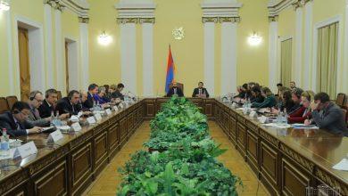 Photo of ԱԺ նախագահը հանդիպել է Հայաստանում ԵԱՀԿ եւ ԵԽ անդամ երկրների հավատարմագրված դեսպանների հետ
