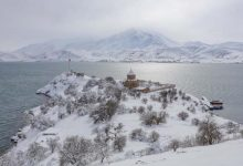 Photo of Остров Ахтамар на озере Ван зимой