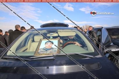 19-ամյա զինվորի դին բողոքի երթով Երևան տեղափոխելու ժամանակ 62-ամյա տղամարդը հանկարծամահ է եղել