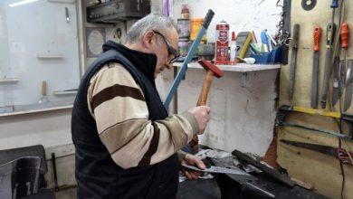 Photo of Թուրքիայում դանակագործների ընտանիքը հայ վարպետից սովորած գործը փոխանցում է սերնդեսերունդ
