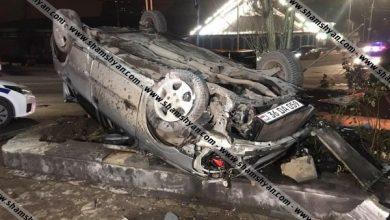 Photo of Կասկադյորական ավտովթար Երևանում. Opel-ը բախվել է բազալտե եզրաքարերին և գլխիվայր հայտնվել բենզալցակայանում