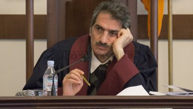 Photo of «Включаем телевизор, нас ругают; выключаем – ругают, тяжелая ситуация», — судья КС