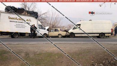 Photo of Ավտովթար Արարատի մարզում. 06-ը հայտնվել է Mercedes-ի ու Volkswagen-ի արանքում. կան վիրավորներ