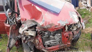 Photo of Ավտոմեքենան դուրս է եկել ճանապարհի երթևեկելի հատվածից և բախվել բետոնե պարսպին, ինչի հետևանքով այն փլուզվել է