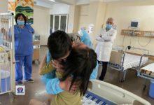 Photo of 13-летнюю подвергшуюся насилию девочку посетил брат